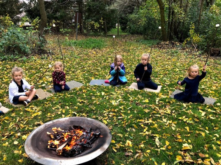 Children roasting marshmellows at Foundation